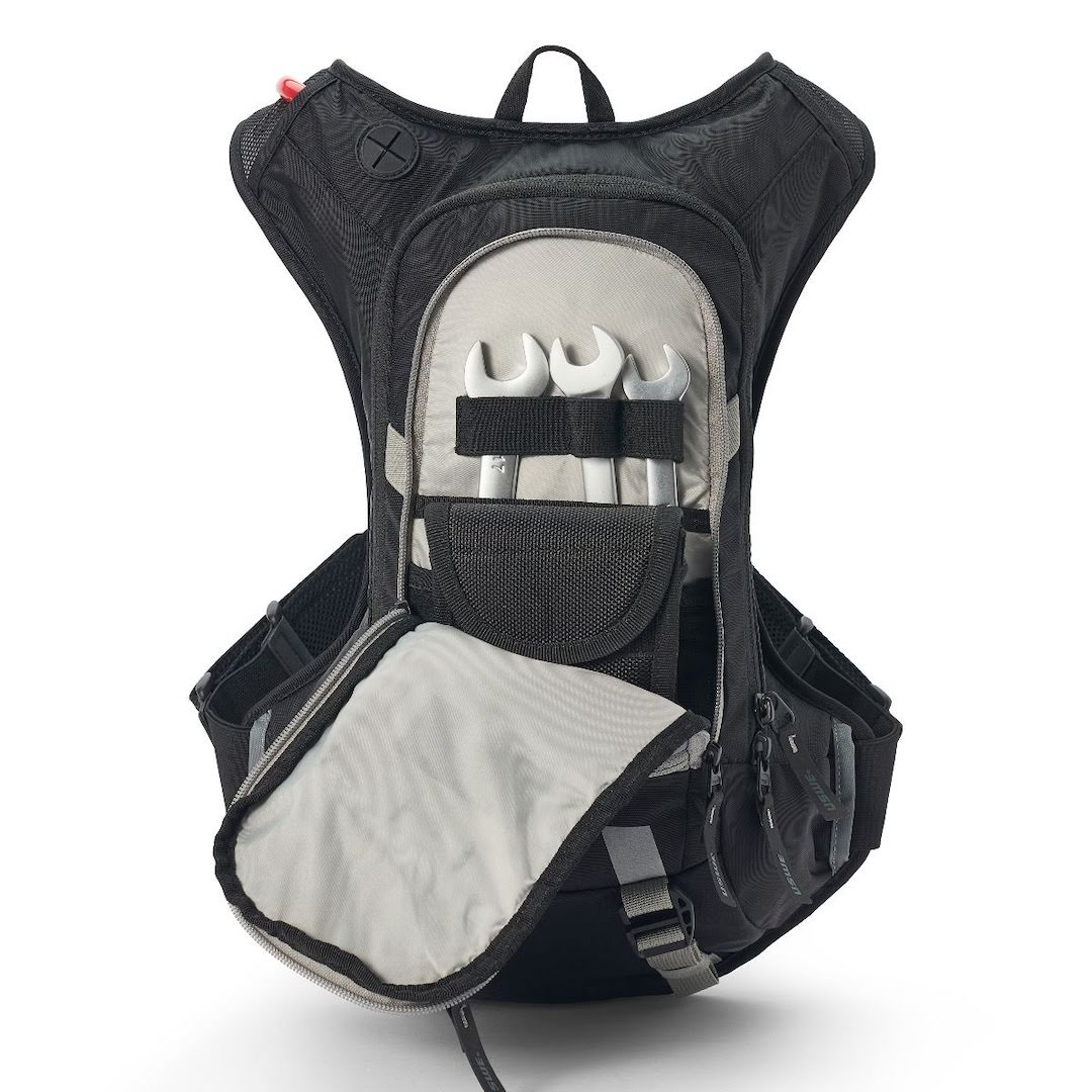 Uswe raw 12 hydration backpack carbon black - with 3 litre bladder - black 5 1